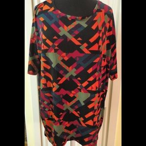 Lularoe Irma top geometric pattern sz Medium